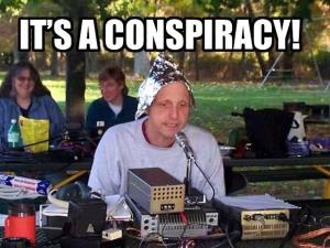 Konspirationsteorier kommer att buntas ihop i syfte att få alla som förespråkar dem att se lika löjliga och tokiga ut. I själva verket finns det konspirationsteorier och konspirationsteoretiker av olika sorter, både de som är dåraktiga och de som är mycket vettiga.