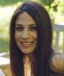 Lizzie Scheja är Israels kulturattaché i Sverige och tillika återkommande programledare i Axess.